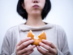 How I Learned to Stop Emotional Eating and Start Praying
